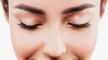How Microblading Fills and Shapes Your Eyebrows